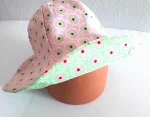 handmade-wende-Damen-sommerhut-bluemchen